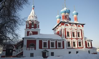 bâtiment ancien neige russie