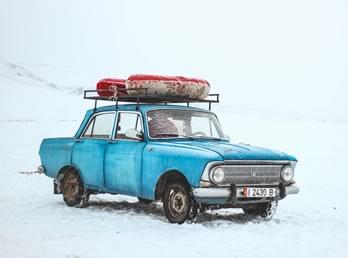 Russie voiture neige